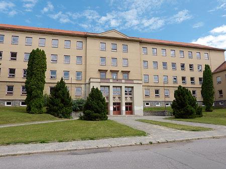 budova ZŠ Erbenovy
